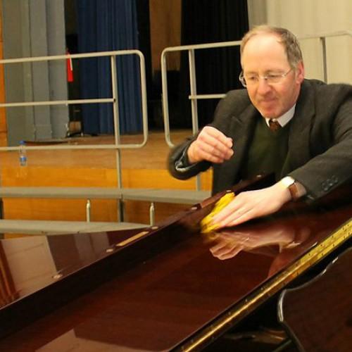 Tự đánh bóng đàn piano được không