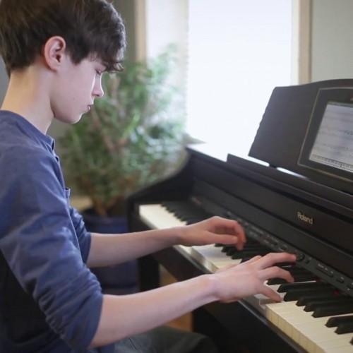 Những điều cơ bản khi chơi đàn piano