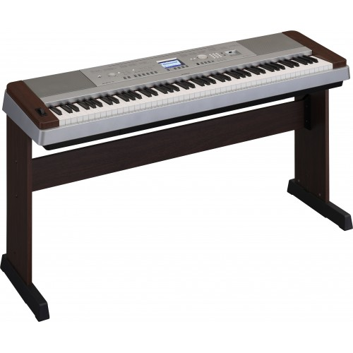 Yamaha Digital Piano DGX-640