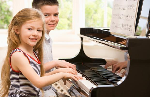 Những điều bạn nên làm trước lúc cho trẻ học piano